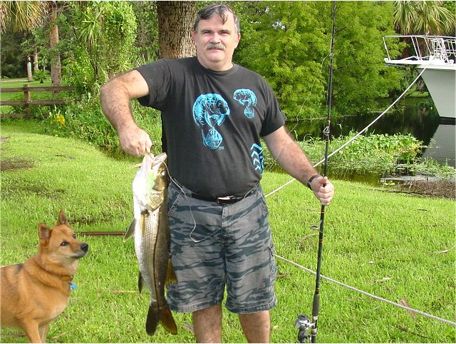 Fish photo gallery stories tales snook bass banjo minnow for Caloosahatchee river fishing